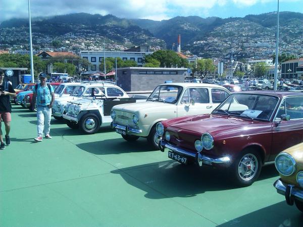 Exposiçao de carros no Funchal
